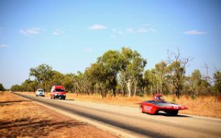 Гонка солнечных автомобилей World Solar Challenge 2013 завершилась