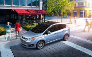 Ford представил гибридный C-Max с солнечными батареями