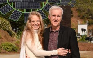 Джеймс Кэмерон дарит гигантские солнечные подсолнухи для школы в Малибу