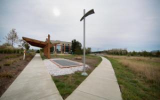 Тротуар из солнечных панелей появился в США
