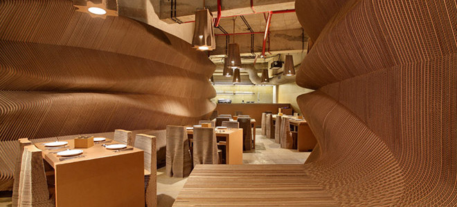 Кафе из картона в Мумбае