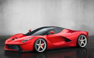 LaFerrari – первый гибридный суперкар от «красных коней»