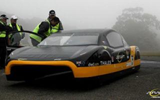 Австралийские студенты побили 26-летний рекорд скорости для электрического автомобиля