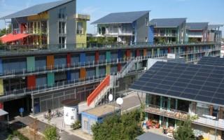 Жилые комплексы, вырабатывают больше энергии, чем потребляют