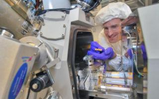 Рекордно тонкие фотоэлементы представили американские ученые