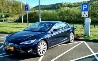 10 лучших электрических автомобилей 2015 года