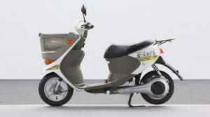 Экспериментальный электрический скутер от Sanyo и Suzuki