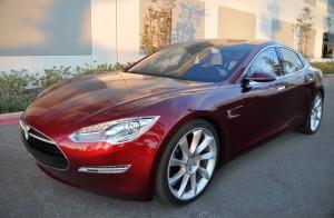 Новый завод Tesla Motors для серийного производства электромобилей Model S