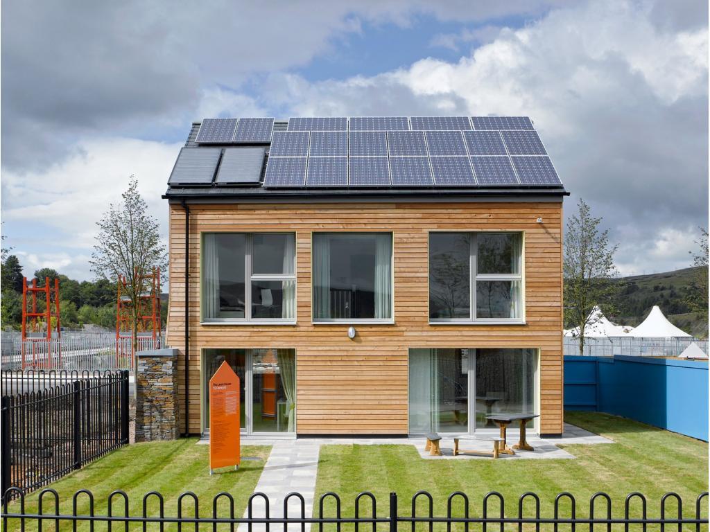 """Первый экологически чистый """"нулевой"""" дом в Великобритании"""