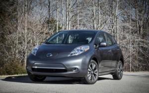 Nassan снизил цену на свой электромобиль Leaf