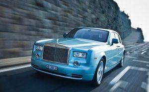 Rolls-Royce выпустили электрическую модель представительского класса