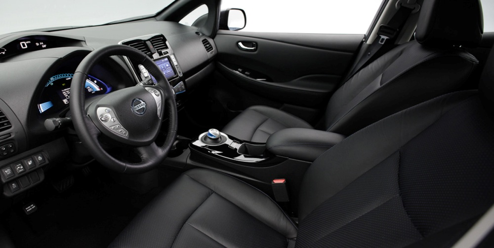 Nissan снизил цену на свой электромобиль Leaf