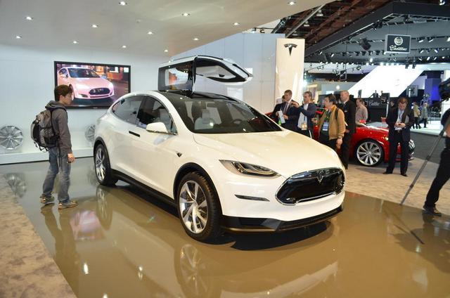 Последние гибридные модели от ведущих автомобилестроителей мира