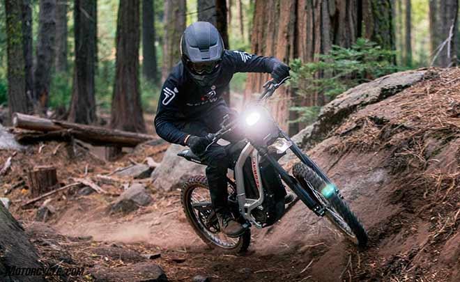 SEMA в Лас-Вегасе компания представила новый продукт — электрические мотоциклы Dirt eBike