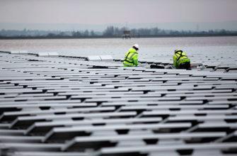 плавучих солнечных панелей